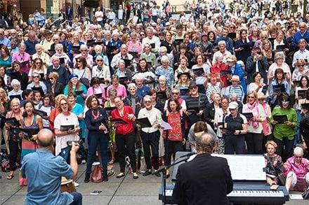 Sydney Flash Mob Choir. Photo by Tim da Rin.