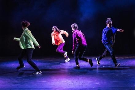 Shifting, ADYF 2019, FLING Physical Theatre. Image: Shuttermain