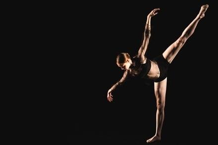Catapault Dance Choreographic Hub, Shimmering Towards Silence: Kristina Chan. Image: Ashley de Prazer